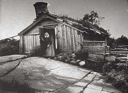 Backstuga_Torss_sn._1904