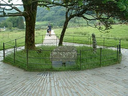 Gelert's_Grave