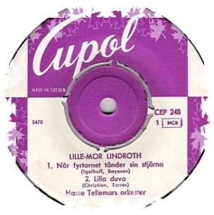 lillemor-lindroth-nar-fyrtornet-tander-sin-stjarna-1959