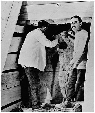 Howard Carter excavating, Valley of the Kings, Egypt, 1922