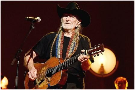 Willie-Nelsontrigg1