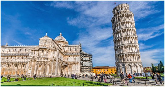Lutande-tornet-i-Pisa